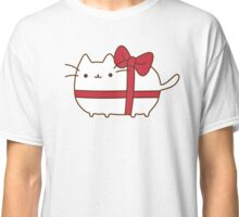 Cute Kawaii Present Cat Classic T-Shirt