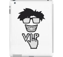 pixel hornbrille zahnspange freak geek nerd computer maus steuerung hand klicken surfen web desktop VIP pc pfeil zeigen finger  iPad Case/Skin