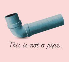 Ceci n'est pas une pipe Kids Tee