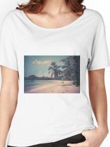 Tropical beach Women's Relaxed Fit T-Shirt
