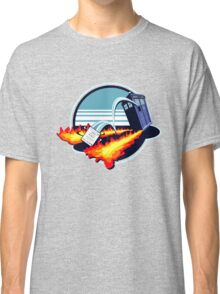 OUTAHERE Classic T-Shirt