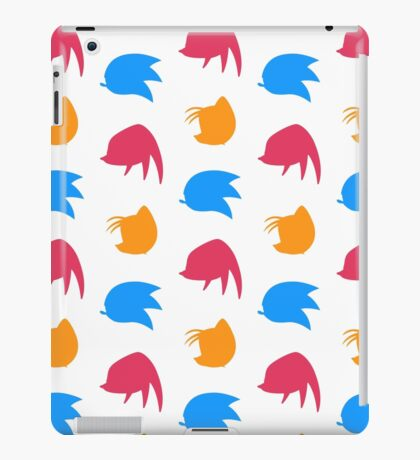Sonic, Knuckles and ails (white) iPad Case/Skin