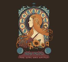 Amy art nouveau  T-Shirt
