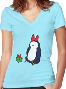 Christmas Gift Penguin Women's Fitted V-Neck T-Shirt