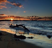 South Queensferry beach by rossbarclay