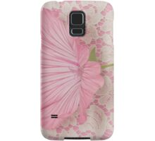 Pink Lavatera Blossom On Vintage Lace - Macro Samsung Galaxy Case/Skin