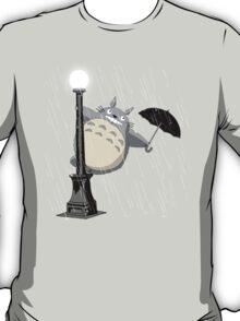 Neighbor in the rain T-Shirt