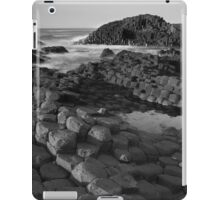 Giants Causeway Black & White iPad Case/Skin