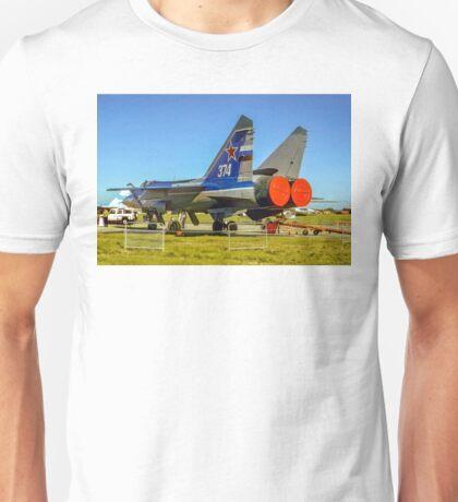 "Mikoyan MiG-31 ""Foxhound"" white 374 Unisex T-Shirt"