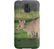 Eastern Grey Kangaroo and Joey Samsung Galaxy Case/Skin