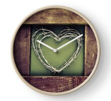 Barbed wire heart. Clock