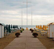 Deserted Grado Beach by jojobob