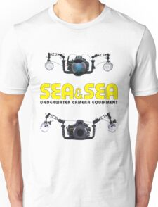 SEA / SEA UNDERWATER PHOTOGRAPHER Unisex T-Shirt