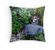 What Grows In YOUR Garden? Throw Pillow