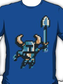 Shovel knight by triangles T-Shirt