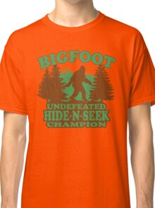 Bigfoot Hide N Seek Champion (vintage distressed) Classic T-Shirt