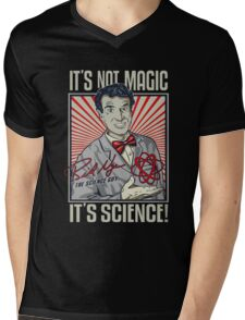 """Official Bill Nye """"It's Science"""" Tee Mens V-Neck T-Shirt"""