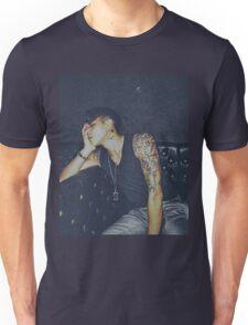 Barom Yu Unisex T-Shirt