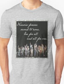 Newsies Forever. Second to none. T-Shirt