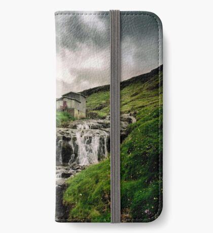 Haldarsvik Mist iPhone Wallet
