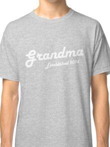 Grandma Established Est 2014 New Baby T-Shirt Classic T-Shirt