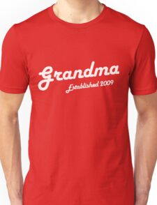 Grandma Established Est 2009 New Baby T-Shirt Unisex T-Shirt