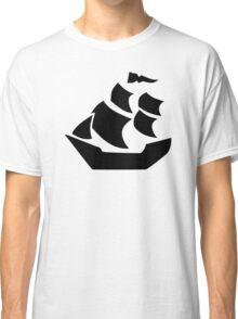 Pirate sail ship boat Classic T-Shirt