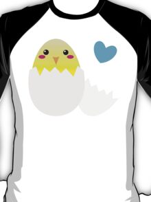 Cute Easter chick with love heart T-Shirt
