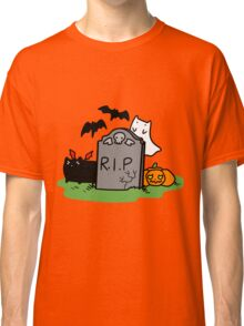 Headstone with Spooky Cats Classic T-Shirt