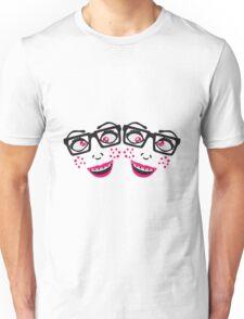 team freundinnen 2 freunde geek nerd hornbrille schlau frau weiblich girl sexy gesicht grinsen comic cartoon text schrift logo design cool crazy verrückt verwirrt blöd dumm komisch gestört  Unisex T-Shirt