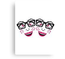 team freundinnen 2 freunde geek nerd hornbrille schlau frau weiblich girl sexy gesicht grinsen comic cartoon text schrift logo design cool crazy verrückt verwirrt blöd dumm komisch gestört  Canvas Print