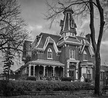 Hochelaga Inn - B&W by PhotosByHealy
