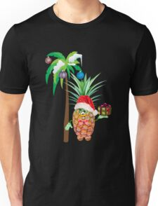 Pineapple in red Christmas cap with a gift under a palm tree Unisex T-Shirt
