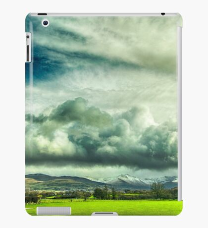 Epic Skies 2 iPad Case/Skin