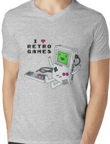 GBMO, The Retrogames Lover Mens V-Neck T-Shirt