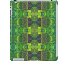 Green abstract detail painting - 2016 iPad Case/Skin