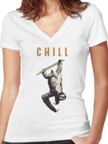 faultier slow chill out faulenzen abhängen nerd geek grinsen Women's Fitted V-Neck T-Shirt