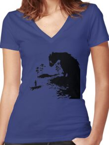 The Last Guardian PS4  Women's Fitted V-Neck T-Shirt