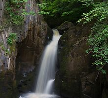 Idyllic Waterfall  by chris2766