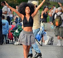 Dancing in the street by rentedochan