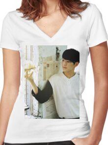 SVT hoshi Women's Fitted V-Neck T-Shirt