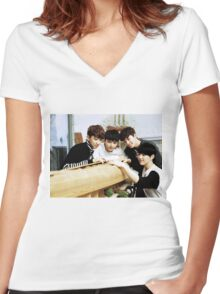 seventeen performance team Women's Fitted V-Neck T-Shirt