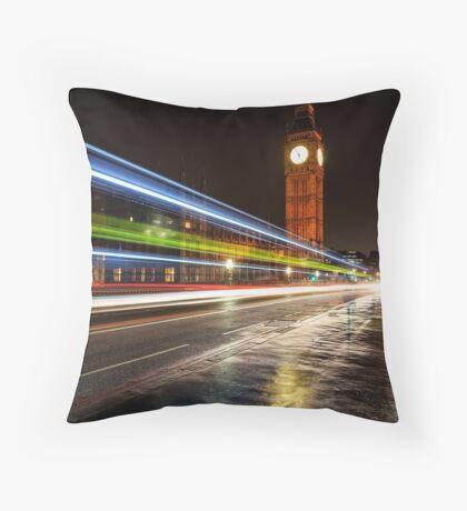 Swerve City - London, England Throw Pillow