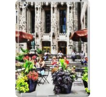 Chicago - Enjoying Lunch on the Magnificent Mile iPad Case/Skin