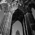 The Scott Monument by Graeme  Ross