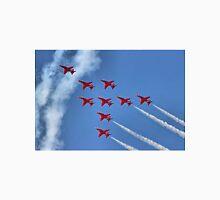 The Red Arrows - Eagle Roll - Farnborough 2014 Unisex T-Shirt