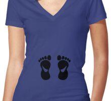 foot feet podologue podiatrist baby Women's Fitted V-Neck T-Shirt