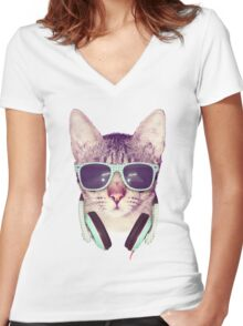 COOL CAT Women's Fitted V-Neck T-Shirt