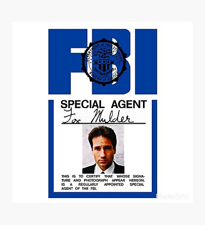 X-Files - FBI Agent Fox Mulder Photographic Print