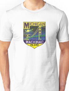 MACKINAC ISLAND MICHIGAN BRIDGE LAKE HURON GREAT LAKES VINTAGE BOAT Unisex T-Shirt